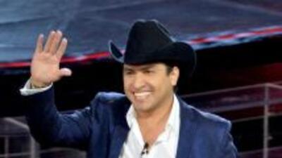 Julión Álvarez es uno de los cantantes mexicanos más exitosos del género...