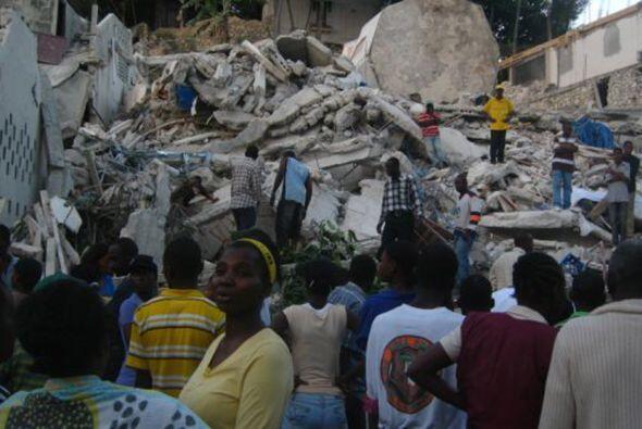 Recién había comenzado 2010 y Haití fue sorprendido con una tremenda sac...