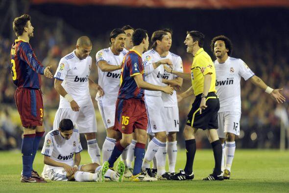 Los dos equipos salieron con la convicción de 'ablandar' al rival.
