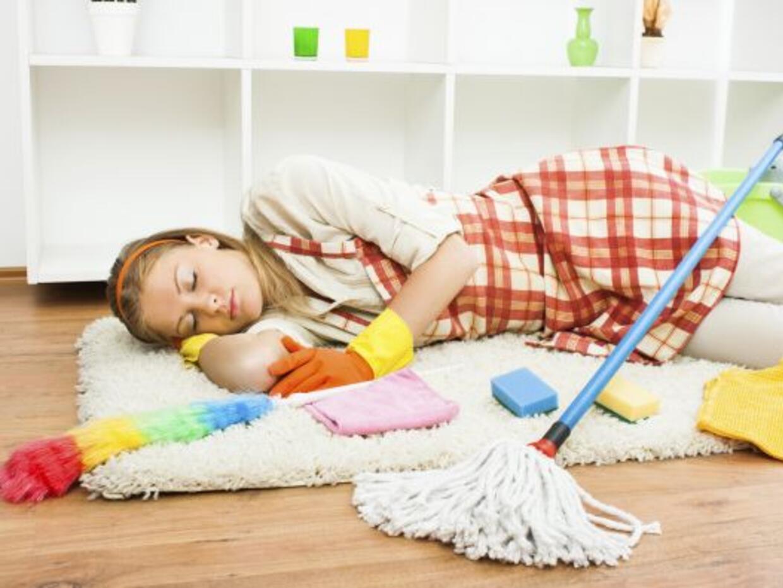Tratar de hacer toda la limpieza en un día es otro de los errores...