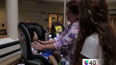 Condado Wake promueve la seguridad de los niños en el automóvil