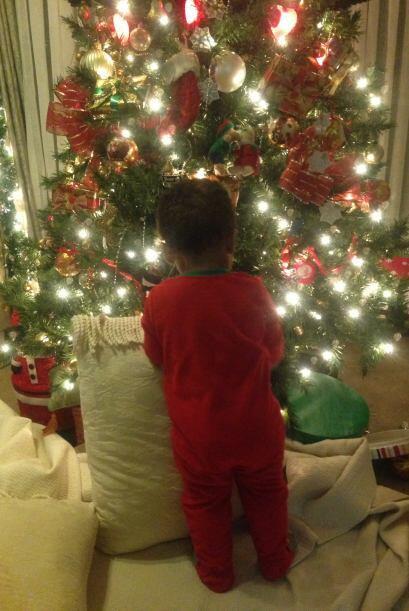 Maryeling García envió una foto de su bebé  listo para celebrar la navidad.