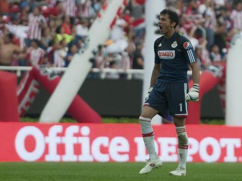 El ex portero de Chivas Luis Michel se suma a la lista de Mexicanos que...