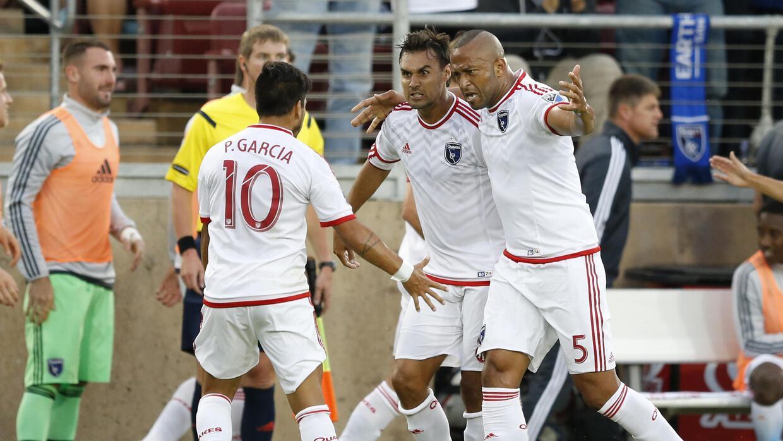 San Jose Earthquakes supera al LA Galaxy en el Clásico de California