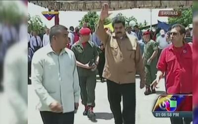 A Nicolas Maduro otra vez se le apareció un pajarito con un mensaje de H...