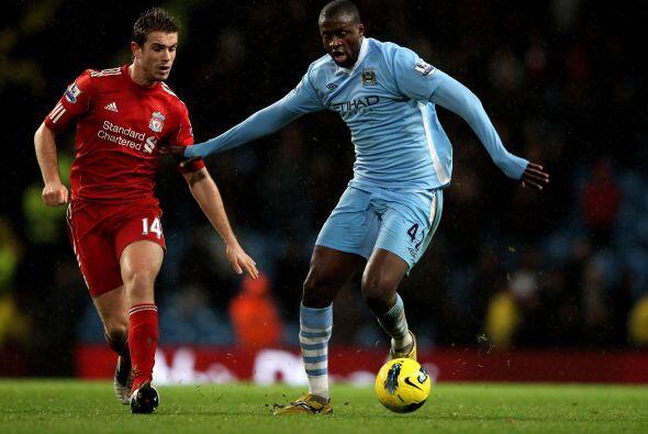 Yaya Touré se haría presente en el marcador.