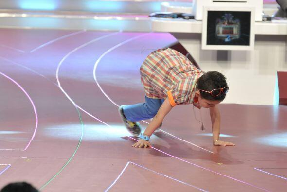 Después nos demostró cómo baila breakdance.