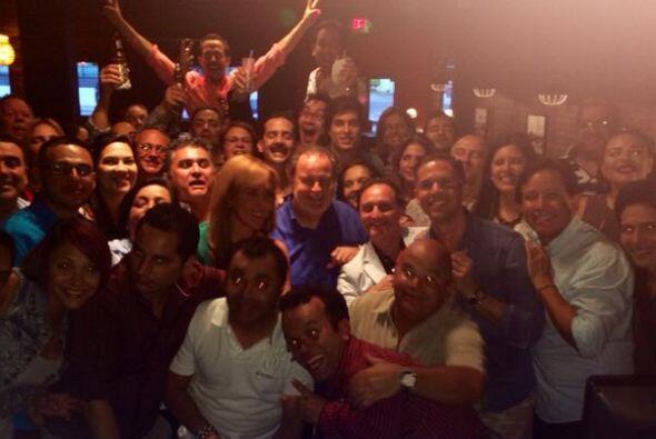 El equipo de El Gordo y la Flaca se reunió para celebrar su premio TvyNo...
