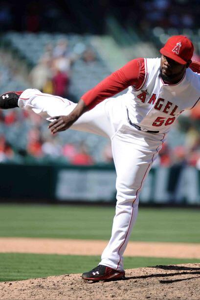 En 2010, Rodney apenas salvó 14 juegos en 2010 en 72 participaciones, pe...
