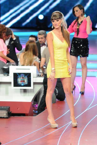 Raquel, como toda bailarina, tiene un cuerpo espectacular y además le po...