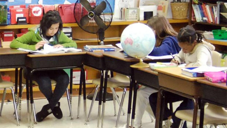 Los cursos que se ofrecen incluirán Álgebra 1, Biología, Inglés 1 - Lec...