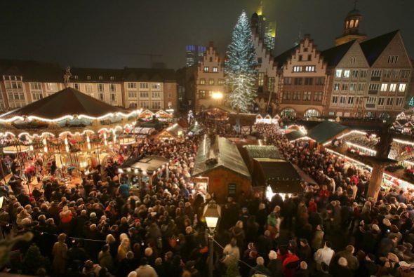 El Mercadillo Navideño de Colonia-Alemania es uno de los centros...
