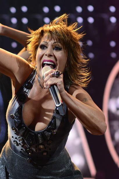 Demostrando por qué es la reina del rock.