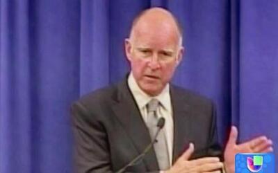 El gobernador de California viaja a México para tratar crisis en la fron...