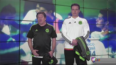 Miguel Herrera presenta las nuevas camisas del Tri