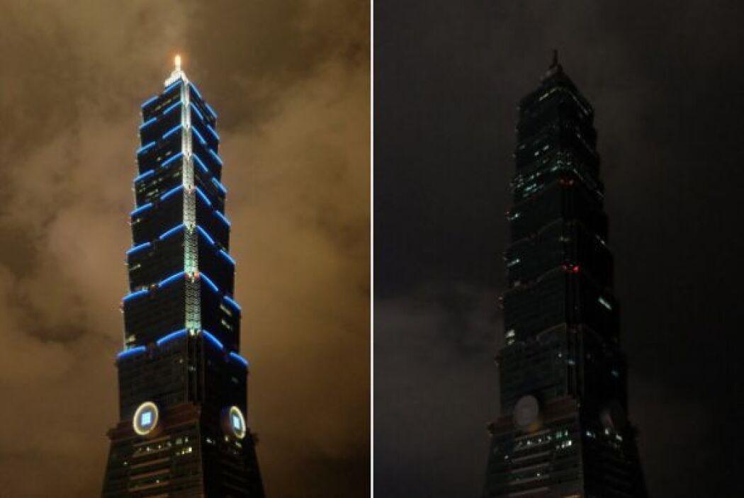 Aquí podemos ver Taipei antes y después  de que las luces se apagaran.