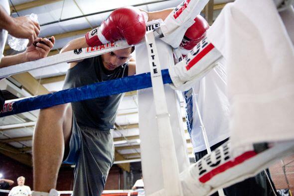 El entrenamiento es intenso. Julio César Chávez Jr. ha demostrado dedica...