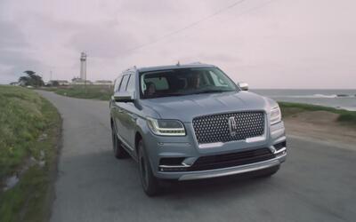 Video: La Lincoln Navigator 2018 aparece mas lujosa que nunca