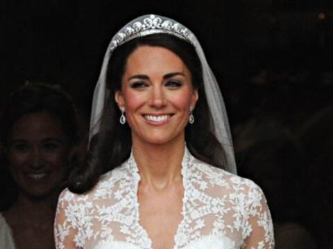 El vestido de novia que Kate Middleton usó en su enlace con el pr...