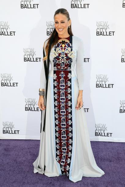 Sarah Jessica Parker siempre sorprendió por los vestidos que usa, sin em...
