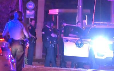 'Miami en un Minuto': dos policías salieron heridos en medio de operació...