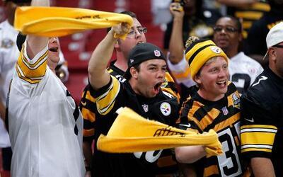 Las imágenes del agridulce triunfo de los Pittsburgh Steelers por 12-6 a...