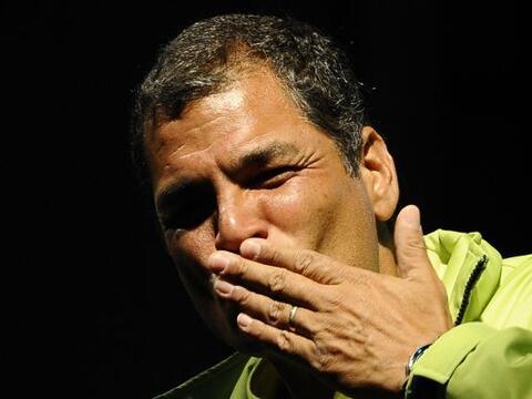 Los ecuatorianos están llamados a las urnas para participar en el refere...