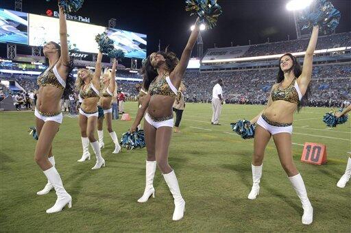 ¡Regresaron las hermosas cheerleaders de la NFL!, como los jugadores, el...