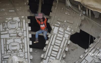 Mira cómo la excavadora más grande del mundo termina con un túnel en Sea...