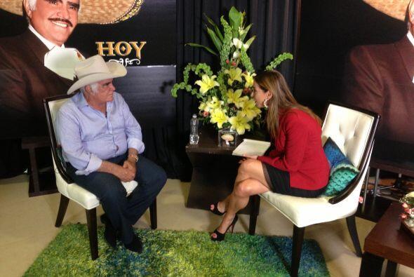 El cantante Vicente Fernández reveló algunas de las desventuras que ha s...