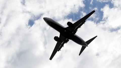 Administración de Seguridad en el Transporte prohíbe a 13 aerolíneas el...