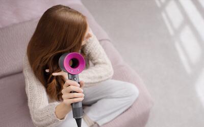 Esta secadora protege el brillo natural del pelo y no lo maltrata.