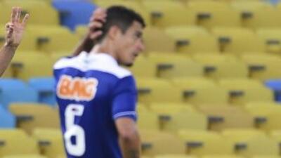 Cruzeiro perdió en su visita al Coritiba y aunque sigue como único líder...