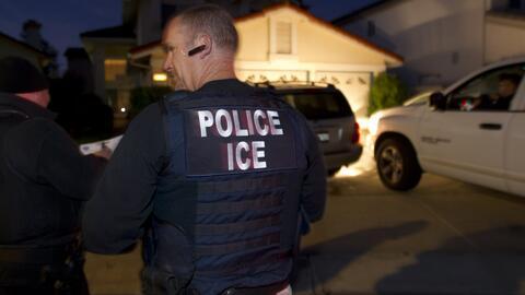 Lourdez MeluzaLa nueva prioridad de ICE: buscar a inmigrantes que llegar...