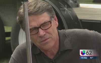¿Qué significa la demanda para la administración de Rick Perry?