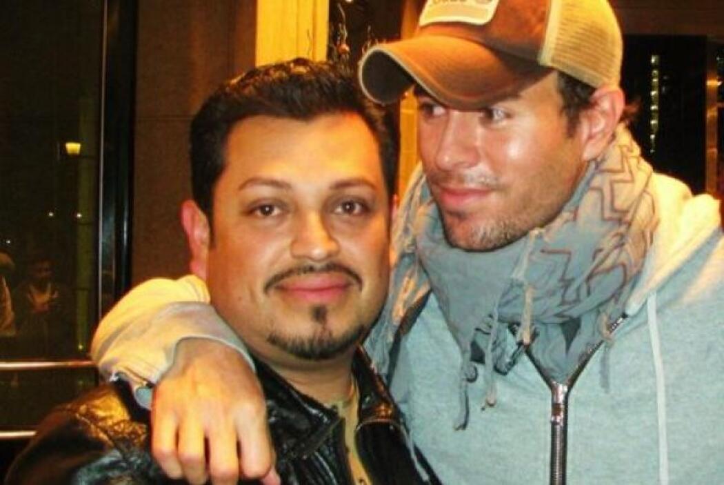 @JESUSORTEGA nos envía esta foto con Enrique Iglesias.