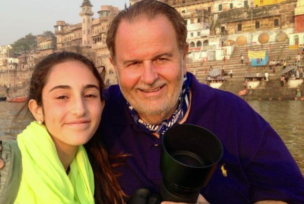 Raúl de Molina es un padre muy amoroso que ha llevado a su hija a conoce...
