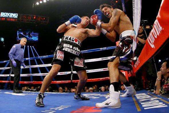 La pelea fue una guerra de golpes en la que Soto sacó mejor parte.