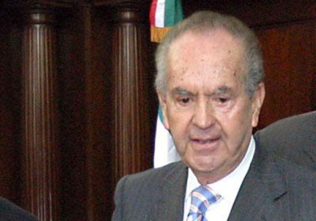 2. Alberto Bailleres González, mexicano, tiene una fortuna estimada en 1...
