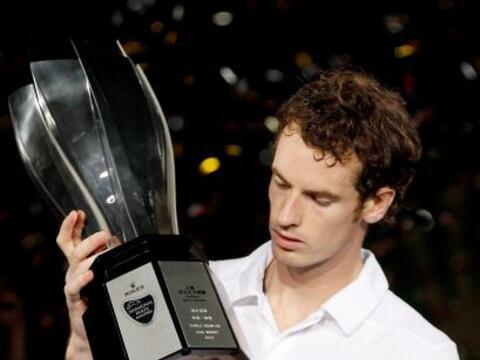 El británico Andy Murray se impuso con contundencia al suizo Roge...
