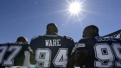 DeMarcus Ware dejó Dallas y aterrizó en Denver.