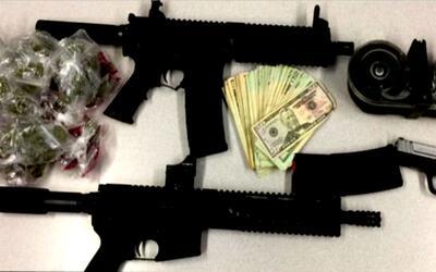 Policía de Chicago arresta a 54 personas e incauta 8 armas de fuego y 2...