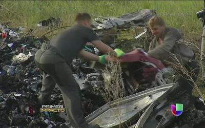 Recuperaron más de veinte cadáveres del avionazo en Ucrania