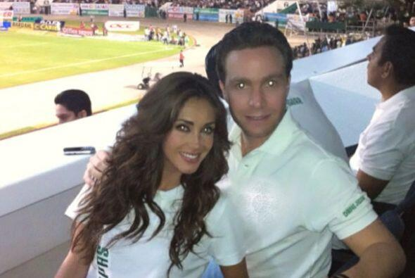 Hasta a los partidos de fútbol para apoyar al equipo de Chiapas,...