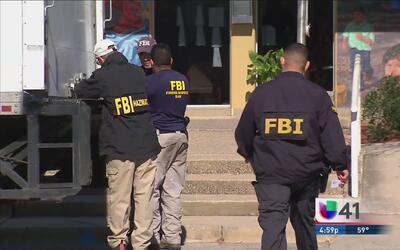 FBI realiza operación anticorrupción en Crystal City