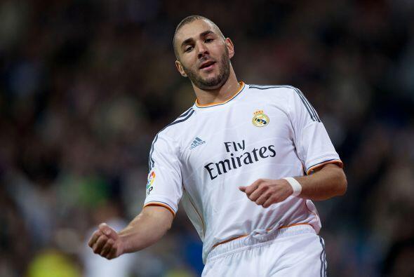 Ya en el segundo tiempo, Karim Benzema acabó con su sequía goleadora con...