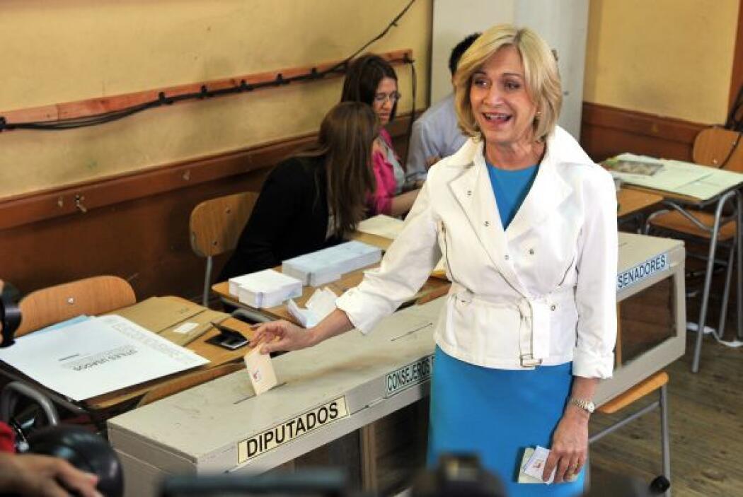 """Tras emitir su voto, Matthei señaló que """"las expectativas son pasar a se..."""