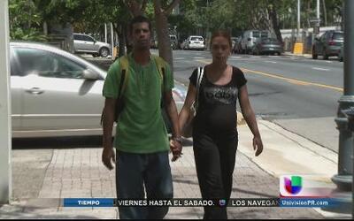 Agencias responden a reportaje sobre pareja que duerme en una escalera