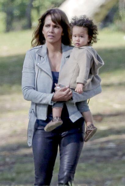 Ahora Halle no llevó a su hija mayor, Nahla.