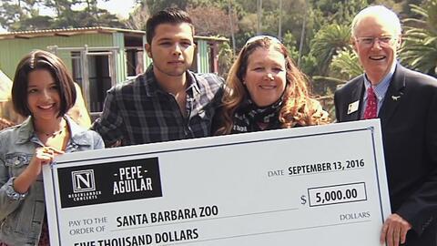 Ponen el ejemplo: Ángela y Leonardo Aguilar muestran el valor de ayudar